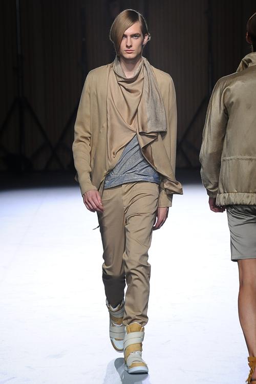 Duco Ferwerda3116_SS13 Tokkyo ato(Fashion Prss)