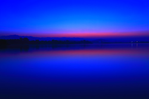 morning blue trees red wallpaper sky sun india lake mountains reflection green nature water birds yellow sunrise canon landscape boats boat paradise ducks hills boating ripples canoeing sunrays load sportsman chandigarh sukhnalake load3 load2 load1 उदयाचलatthecrackofdawnमुँहअँधेरेw