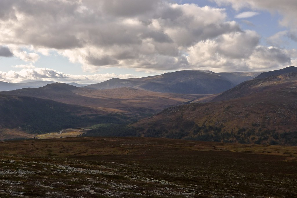 Across Glen Luibeg