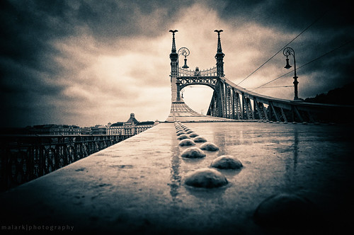 city bridge urban art architecture photoshop nikon hungary cityscape arty d70 nikond70 budapest duna danube