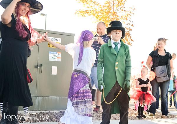 The-Lorax-Halloween-Costumes-parade-green-onsler