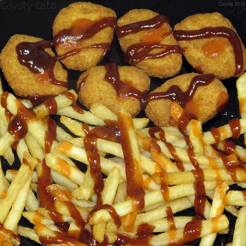 Hot BBQ chicken nuggets and fries by Coyoty