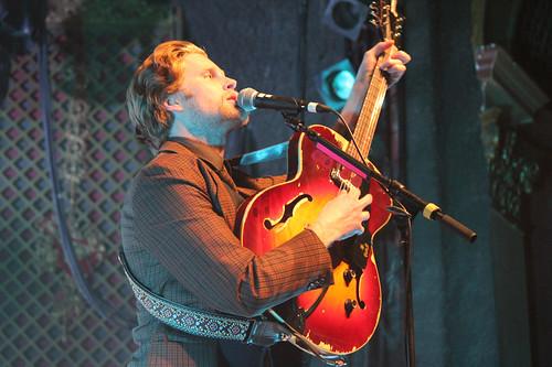 Wesley Schultz guitar