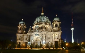 Berliner Dom & Fernsehturm Tower illuminated at night, Berlin