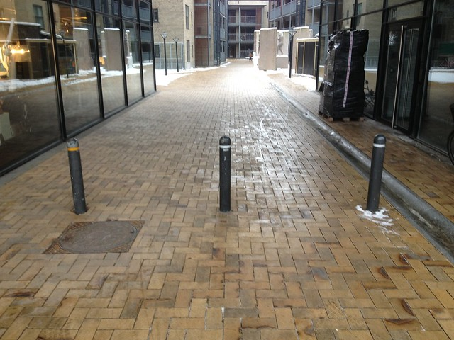 Bollards / Cylindrical