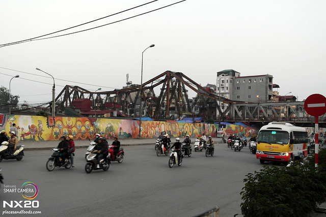 hong bien bridge street