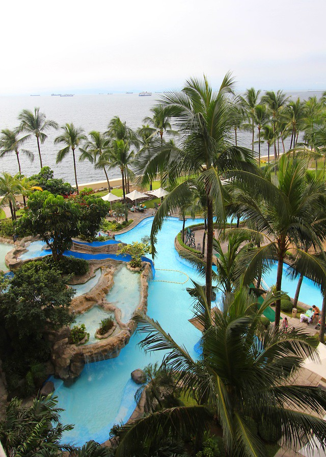 Sofitel Manila pool
