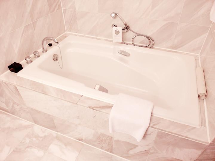 regent taipei hotel bathtub
