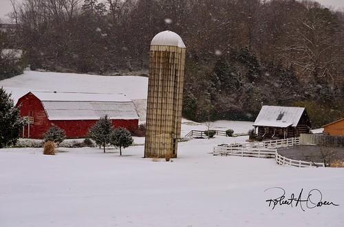 barn-snow2