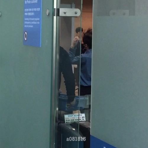 Big Bang - Incheon Airport - 21mar2015 - G-Dragon - a081813 - 07