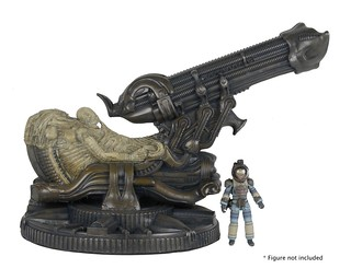 留下無限謎團的化石巨人!NECA - 化石化太空騎師 Alien – Foam Replica – Fossilized Space Jockey