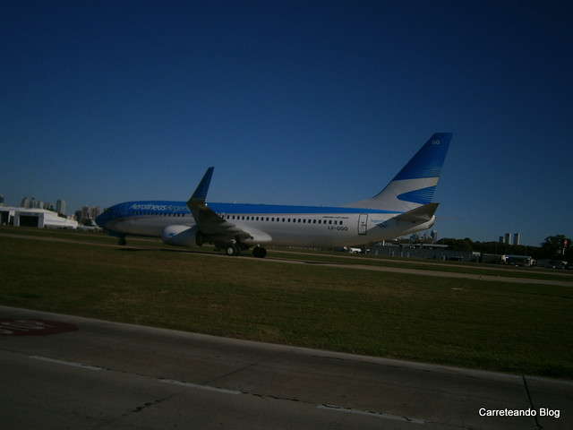 "Boeing 737-800 de AR ""LV-GGQ"" procedente de Sao Paulo"