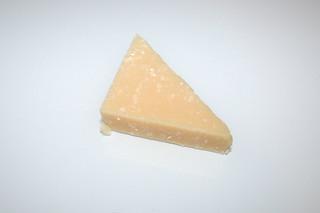 14 - Zutat Parmesan / Ingredient Parmesan