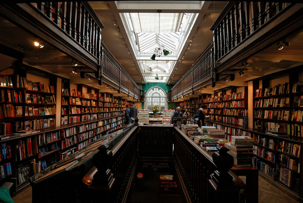 London Bookstores - DAUNT BOOKS # 02