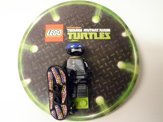 2012 TMNT NYCC card front