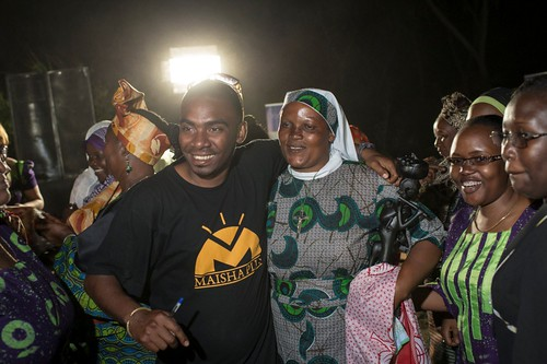 Celebration as Martha Mwasu Waziri wins Mama Shujaa wa Chakula 2012 (Female Food Hero).
