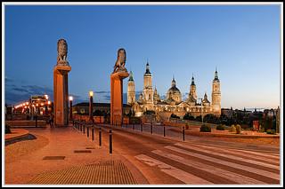 Basilica de El Pilar & Puente de Piedra