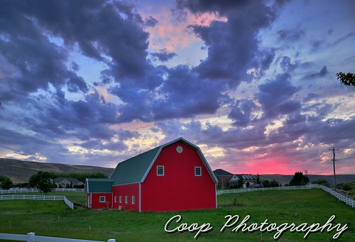 road county pink sunset red green clouds barn photography washington nikon 8 9 canyon september pasture badger wa coop 2012 richland kennewick pasco benton d90