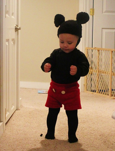 mickey mouse costume flickr photo sharing. Black Bedroom Furniture Sets. Home Design Ideas