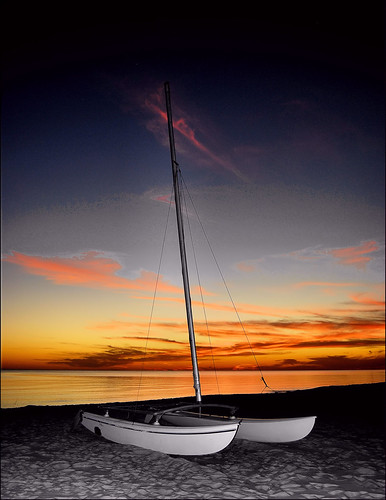 ocean city sunset sea beach gulfofmexico clouds sand gulf catamaran lagunabeach nikond40x floridapanama nikkor1855afslens me2youphotographylevel2 me2youphotographylevel1