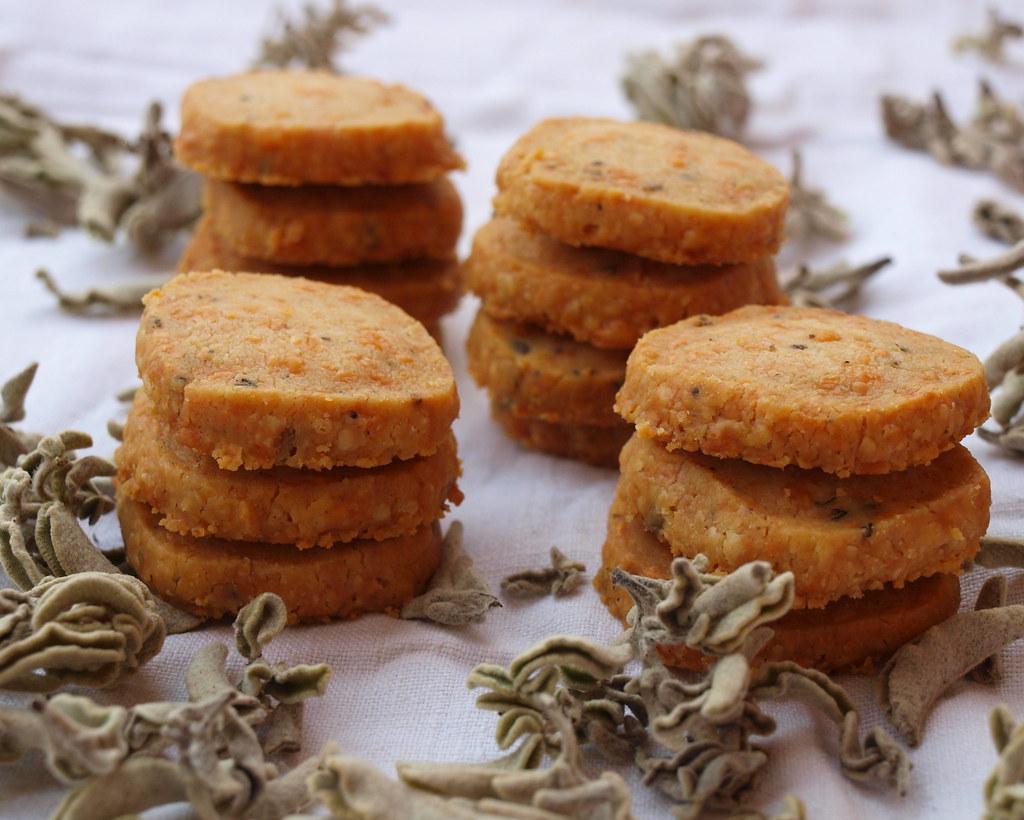 Parmesan-Salbei-Sablés