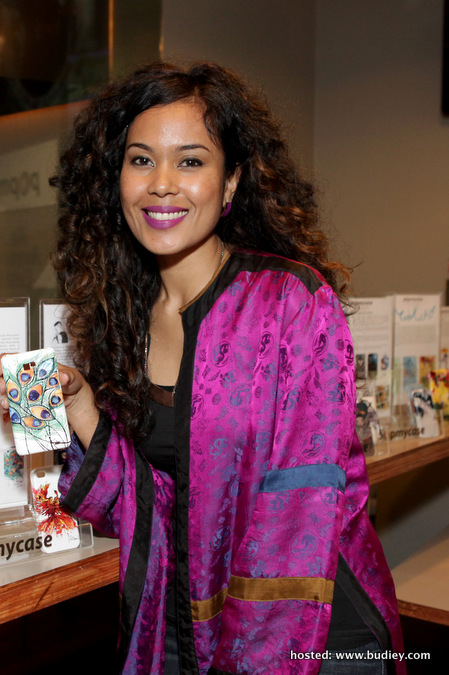 Nini Marini and her design customised cases