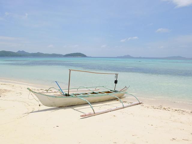 一艘閒置的小螃蟹船成為經典的拍照對象