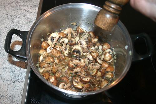 27 - Mit Pfeffer & Salz würzen / Taste with salt & pepper