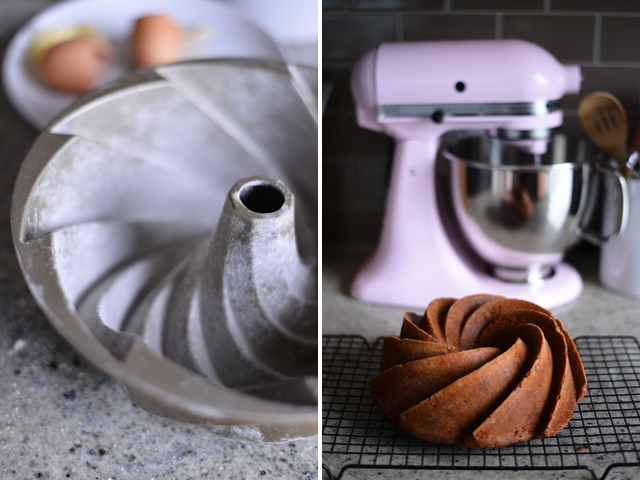 making-pumpkin-bundt-cake