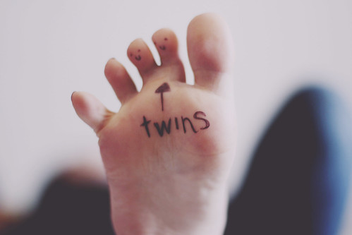 twin toes