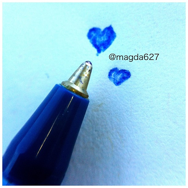 This is my #olloclip test ... #ollo #macro #macrophotography #pen #heart #love #cute #instagood #instamood