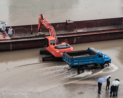 Construction on the Jialing River