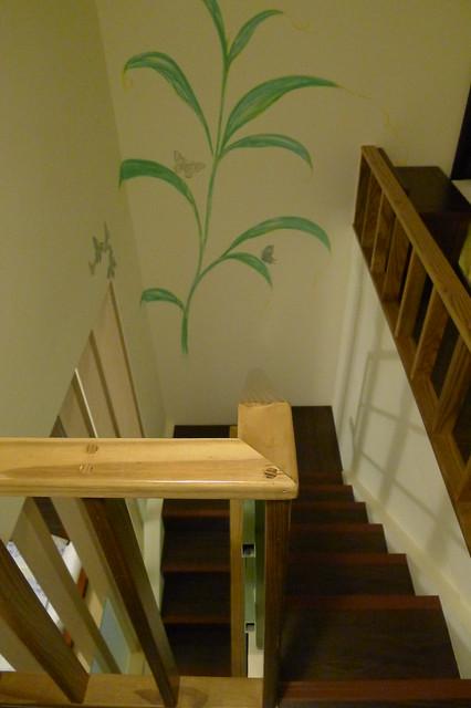 三人房,通往閣樓的小樓梯
