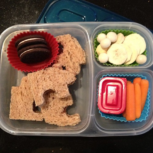 Puzzle pieces #easylunchboxes #kidslunch
