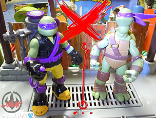 "Nickelodeon ""MUTAGEN OOZE"" TEENAGE MUTANT NINJA TURTLES :: OOZE SCOOPIN' DONNIE - G // ..head swap with original Nick Donatello  (( 2013 ))"