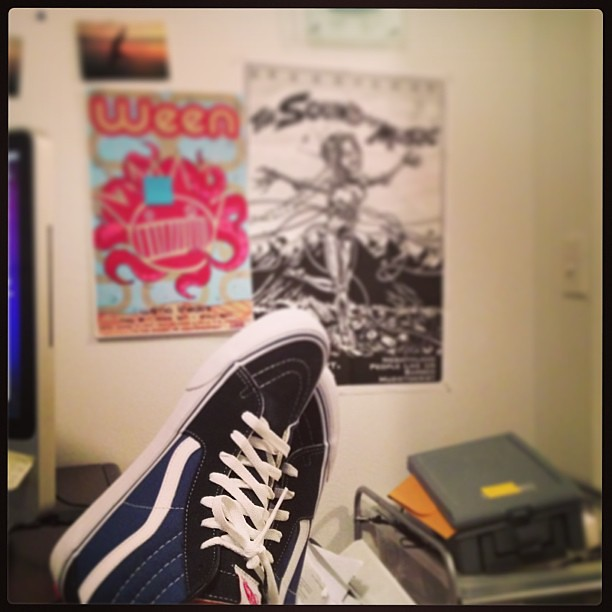 7824fef94cc Got my Vans on but they look like sneakers... #vans #ween … | Flickr