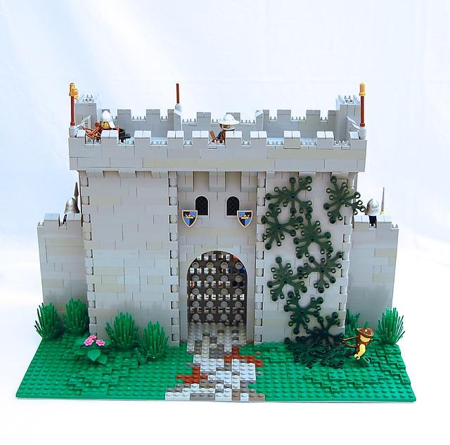 Gatehouse: Front