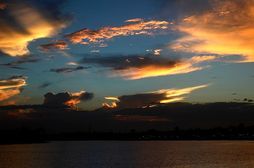 sky atardecer nikon cielo nubes otoño veracruz tuxpan nikor xavorob ríotuxpan nikond5100 momentoyahoo