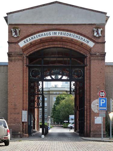 berlin krankenhaus friedrichshain
