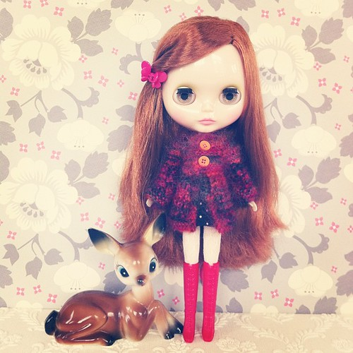 Love this mohair knitted coat my sister made - will be added to her shop soon  #blythe #phoebemaybe #onblythestreet