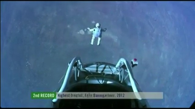 Felix Baumgartner's Red Bull Stratos jump 2