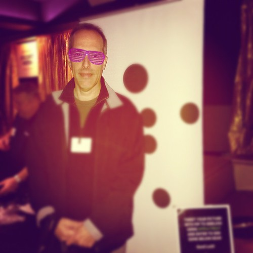 #gdgtbos @belkin crazy glasses