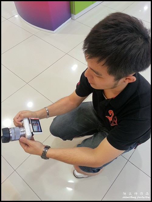 Interchangeable Lens Camera Promotion by SenQ - Sony NEX-F3K - Low Angle