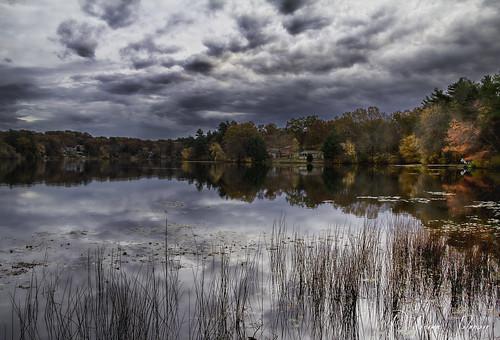 autumn lake fall vibrant rhodeisland mishnock odc3 rjoannejohnson
