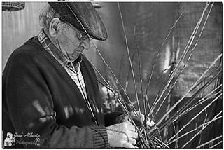(Oficios antiguos VI)El cestero (Explore)