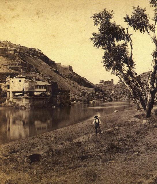 El Tajo frente a la Casa del Diamantista hacia 1860. Fotografía de Ernest Lamy