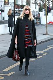 Claudia Schiffer Cape Coat Celebrity Style Women's Fashion