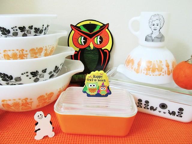Halloween Pyrex - Happy Halloween!