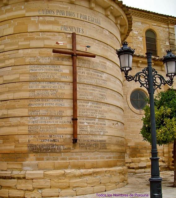 """Con premeditación, nocturnidad y alevosía ha sido restituida en Porcuna la """"Cruz de los Caídos"""""""