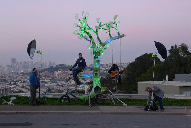 el arbol bike powered tree